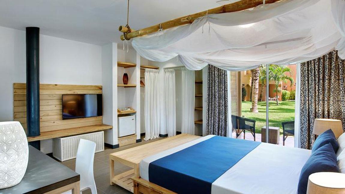 veranda pointe aux biches pointe aux piments mauritius book your hotel anthurium. Black Bedroom Furniture Sets. Home Design Ideas