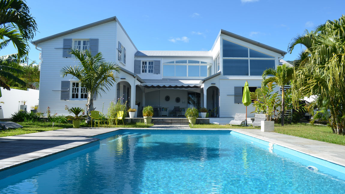 la villa des cannes sainte marie reunion book your hotel anthurium tourisme. Black Bedroom Furniture Sets. Home Design Ideas